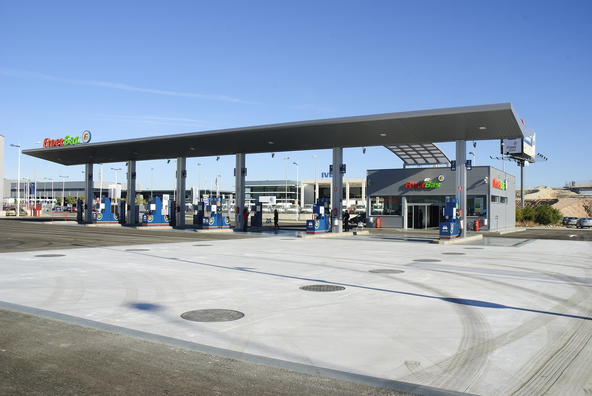 How Gas Station Management Can Create Return Customers